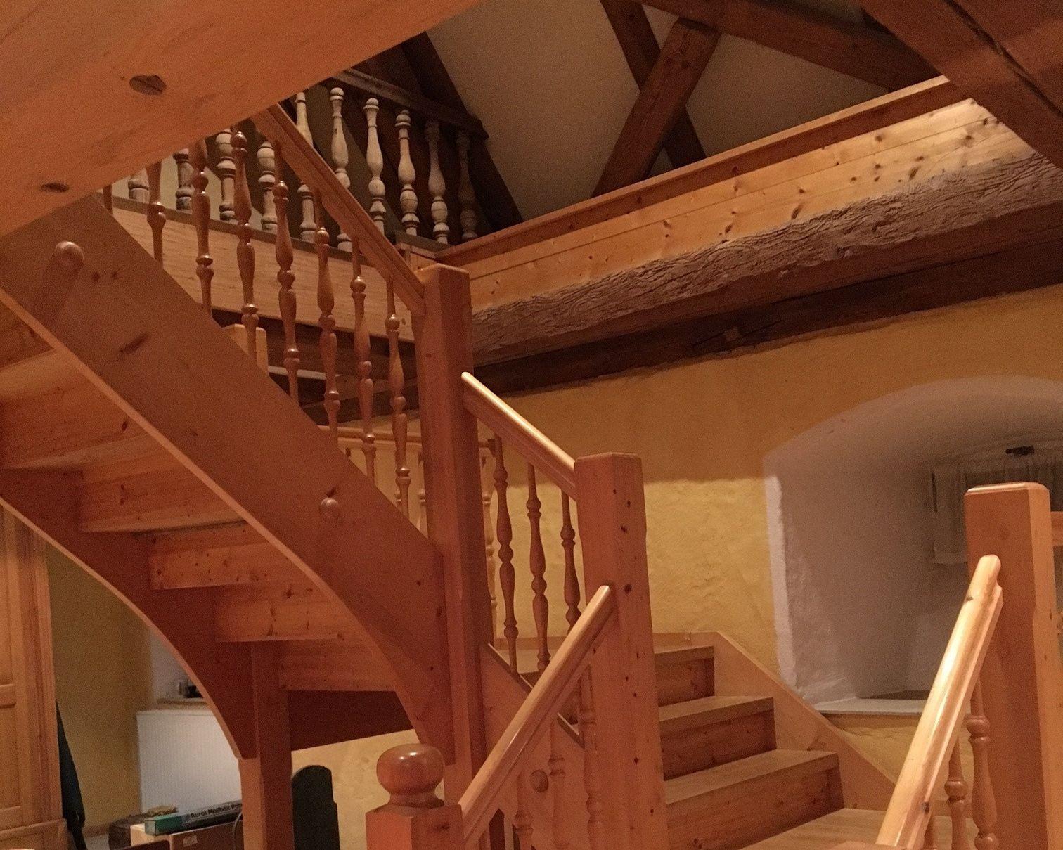 Mit viel Liebe im Detail wurde die bestehende Innenarchitektur restauriert.
