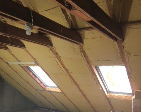 aus Holzfaser, eingebaut.